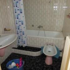 Photo de la salle de bains avant la réalisation de la transformation radicale.